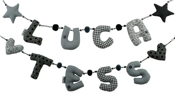 naamslingers kiddycolors zwart wit grijs klein formaat Grijze naamslingers