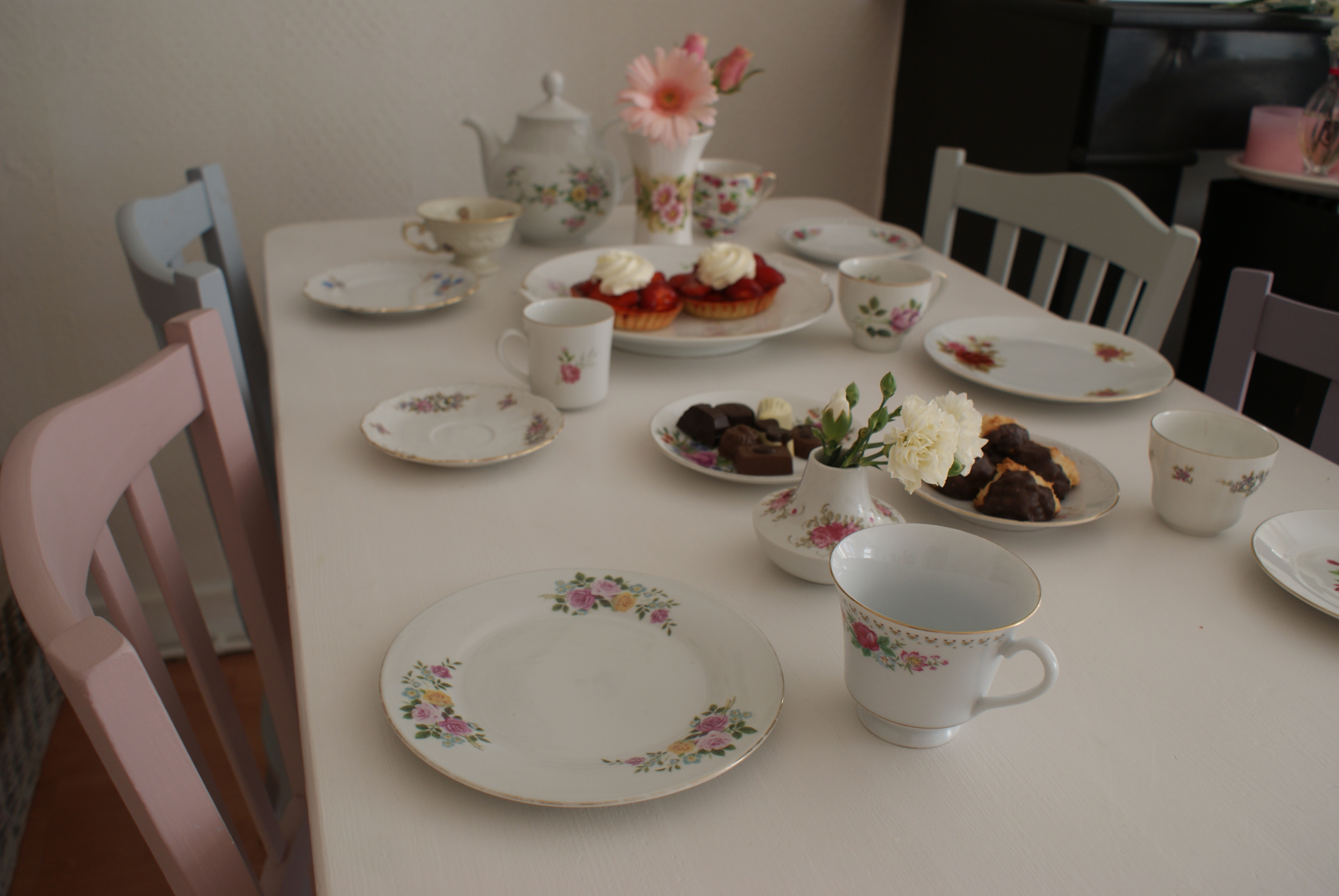 High tea vintage Vintage parels van servies