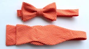 oranje strik en stropdas