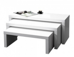 drie losse salontafels