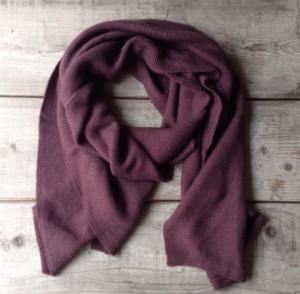 aubergine shawl