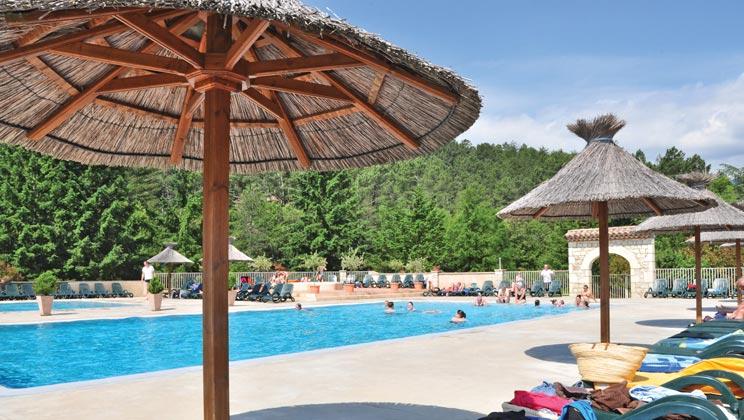 mc017-largentiere-les-ranchisses-campsite-massif-central-pool-b_tcm14-3527