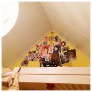 Sterre had haar hele kamer behangen met posters uit de Tina. Een tiener in de dop?