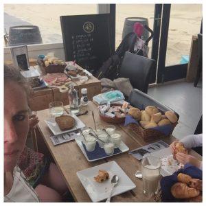 leef beachclub ontbijt