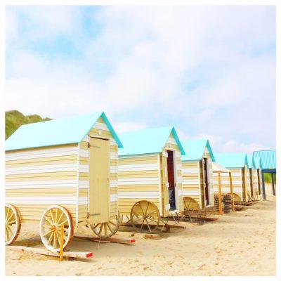 typische strandhuisjes vlaamse kust bredene