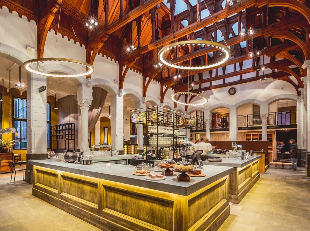 credits: Post Plaza hotel & grand café