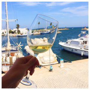 Restaurant Méditerranée in Port El Kantaoui wijn