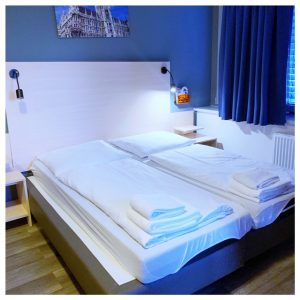 a&o hostel bed