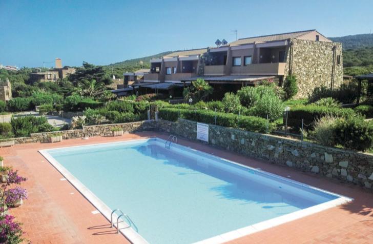 zwembad vakantiehuis italie