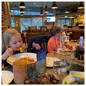 kids eten hallingdal