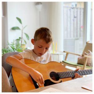 Yuren gitaar