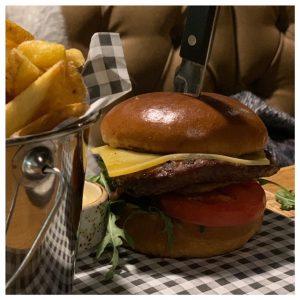 hamburger sweet lake italy