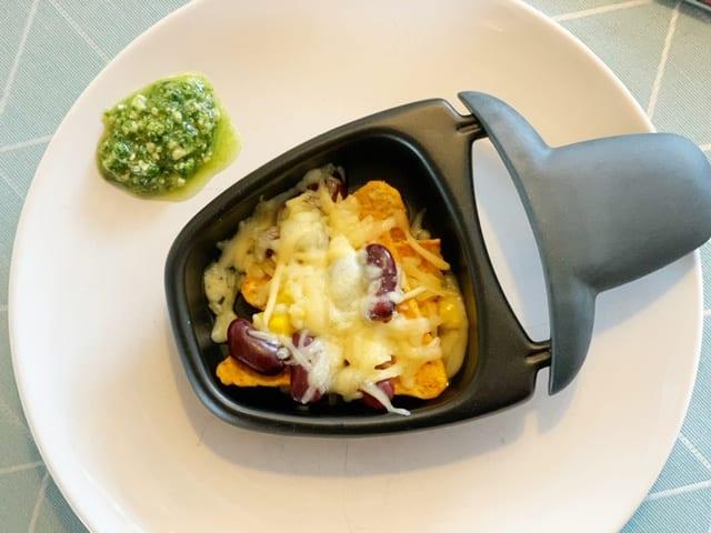 vega gourmetten nachos in een pannetje met kaas en bonen