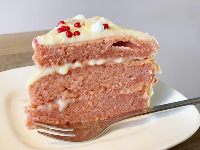 Pink Velvet Cake voor Valentijnsdag stuk taart