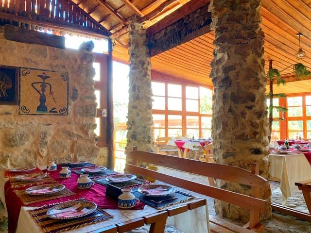 restaurant dar ejoud dougga tunesie binnen