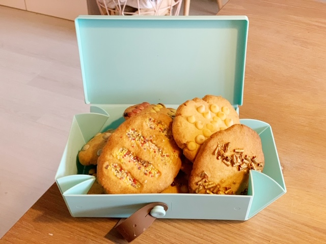Uhm vouwbakje met koekjes