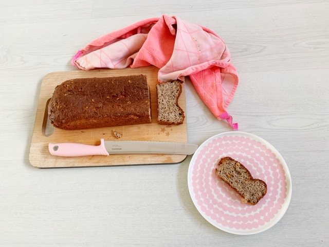 zo maak je koolhydraatarm brood