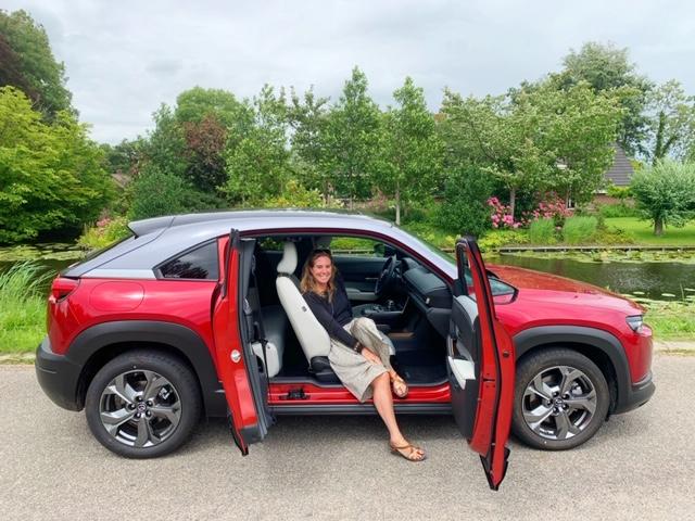 EV Mazda
