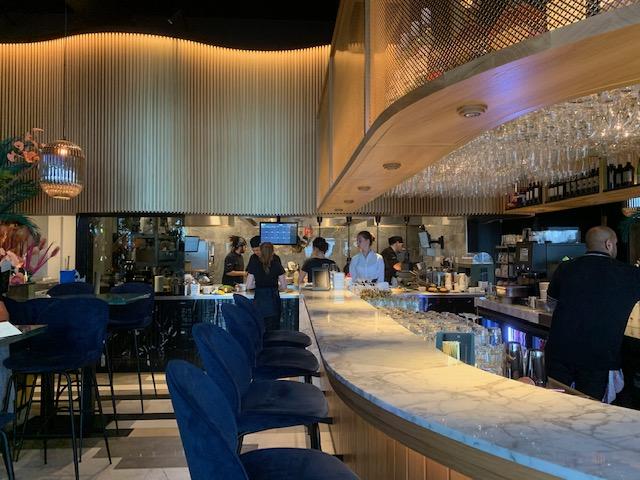 bar en open keuken restaurant chouchou