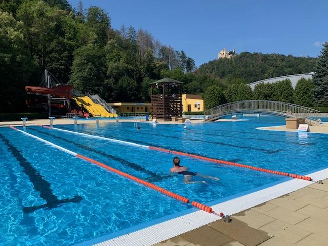 Zwembad cervenka boskovice