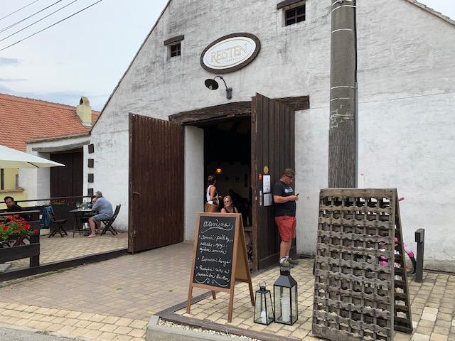 wijnkelder reisten mikulov