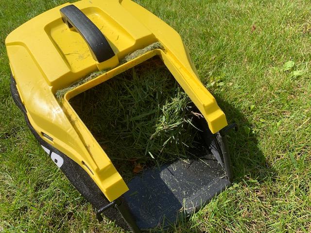 gras in grasmaaier karcher