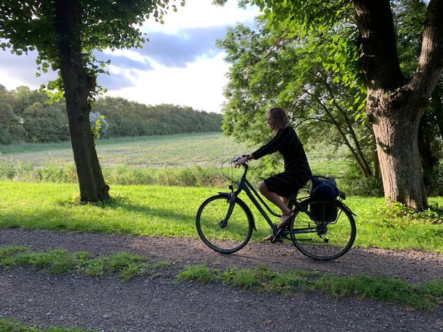 juut op de fiets hegebeint