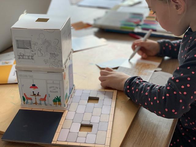 Fabulabox inkleuren en vouwen