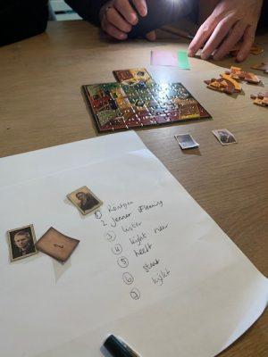 excaperoompuzzel met identity games