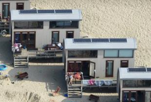 Dit zijn de allerleukste strandhuisjes van Nederland noordzeehuisjes vrouwenpolder