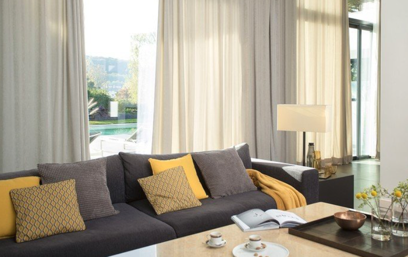 Raamdecoratie in de stijl van jouw huis