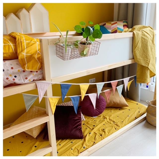 Kinderkamer make-over met Ikea Kura bed