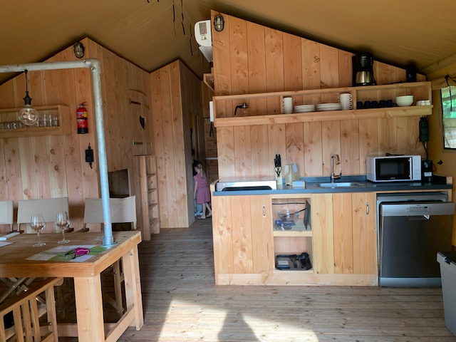 Country Resort Papillon interieur glamping tent