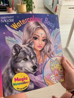 fantasy model waterverfboek