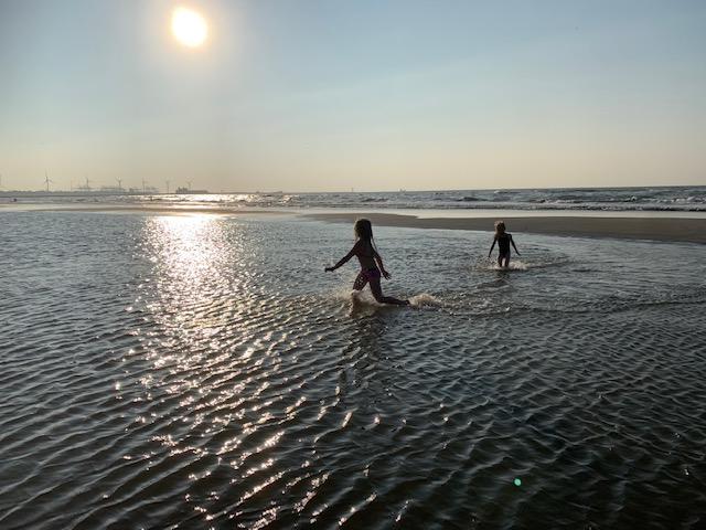 rennen door het water hoek van holland sept 2021