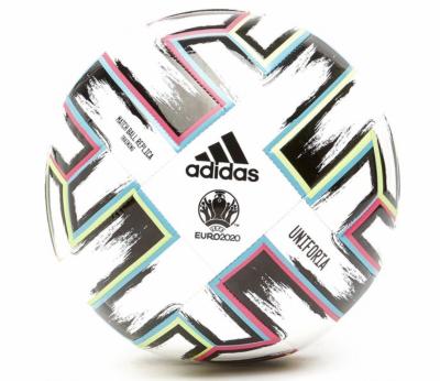 voetbal Adidas
